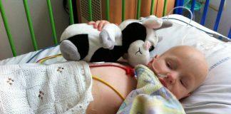 ernstig ziek kind in ziekenhuis