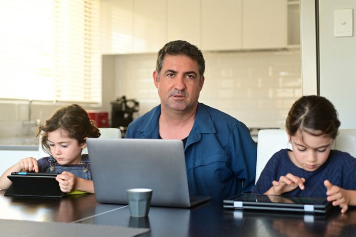 ouders druk coronatijd